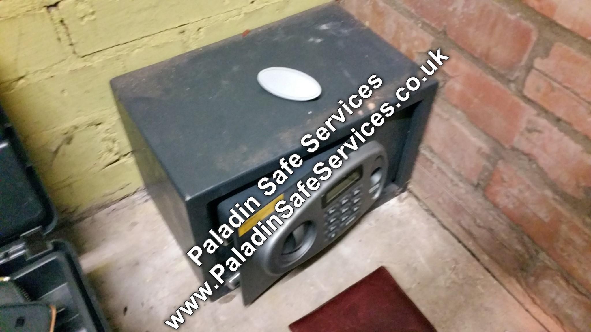 B&Q Digital Safe Lost Key - Paladin Safe Services