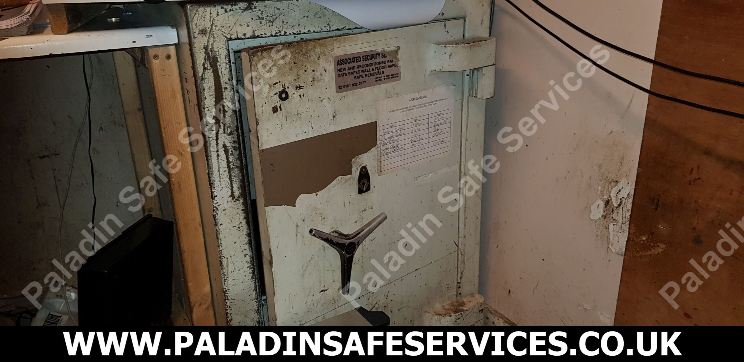 Dudley safe Safecracker Preston